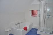 Großzügiges Dusch...