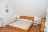 1. Schlafzimmer mitt Doppelbett