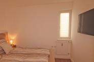 Schlafzimmer mit 2.TV