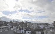 Mit Blick über die Dächer von Laboe ...