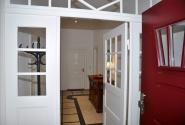 ... nordisch, charakteristischer Eingangsbereich!