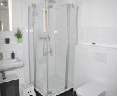 schönes Duschbad...
