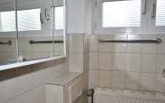Das Badezimmer mit Tageslicht auf er ersten Etage